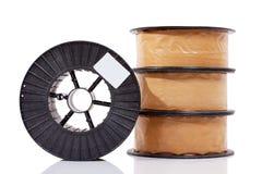 Verpackte Kupferlegierungsspulen des Schweißensdrahtes Stockfotos