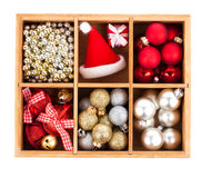 Verpackte Weihnachtsbälle Stockfotos