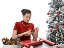 Verpackung der Feiertags-Geschenke Lizenzfreie Stockfotografie