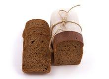 Verpackung des dunklen Brotes Stockfoto