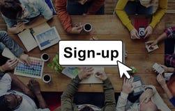 Verpflichtung schließen sich Anmeldungs-Mitgliedsnetz-Seiten-Benutzer-Konzept an Stockfotografie