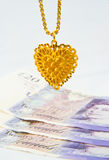 Verpfänden Ihrer Goldschmucksachen. Lizenzfreies Stockbild