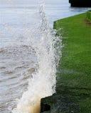 Verpletterende golf Royalty-vrije Stock Afbeeldingen
