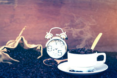 Verrückt in der Liebe mit Kaffee Stockfotografie