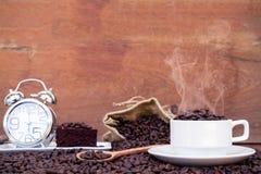 Verrückt in der Liebe mit Kaffee Stockfoto