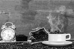 Verrückt in der Liebe mit Kaffee Lizenzfreie Stockfotos