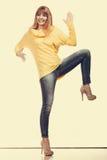 Verrückte moderne Frau in voller Länge Lizenzfreie Stockbilder