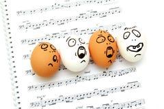 Verrückte singende Eier Stockfotografie