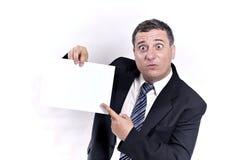 Verrückter Geschäftsmann mit einem Papier in den Händen stockbilder