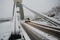 Verraderlijke voorwaarden die Hangbrug Clifton in kruisen Stock Fotografie