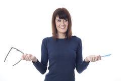 Verraste vrouw met glazen Stock Afbeelding
