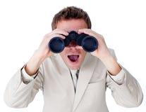 Verraste zakenman die aan de toekomst kijkt royalty-vrije stock foto's