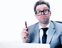 Verrückter und lustiger Manager betont bei der Arbeit Stockfotografie