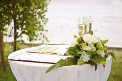 Verre à vin de mariage Images libres de droits