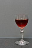Verre à vin sur le banc de granit Photo libre de droits
