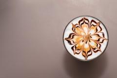 verre avec du café, configuration plate Photo libre de droits