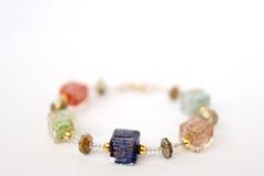 Verre coloré de Murano du bracelet des femmes images libres de droits