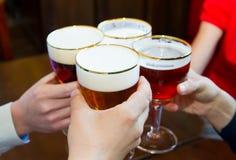 Verre de bière blonde Photographie stock libre de droits
