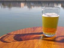 Verre de bière photographie stock
