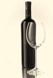 Verre de bouteille et de vin Photos stock