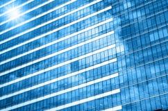 Verre de plan rapproché de gratte-ciel modernes de bâtiment d'affaires, affaires Photos libres de droits