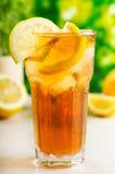 Verre de thé de glace Photo stock