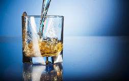 Verre de whiskey Photographie stock libre de droits