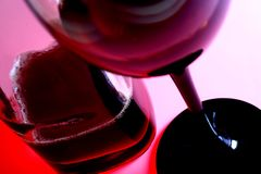 Verre et bouteille de vin image libre de droits