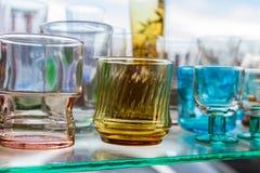 Verre vide de l'eau utilisé dans les boissons image libre de droits