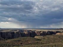 Verre virga over oostelijke rand van Grand Canyon stock afbeeldingen