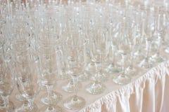 Verres à vin avant espace libre et cristal de fourchette Image libre de droits
