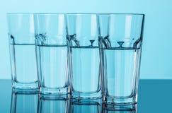 Verres avec de l'eau clair Image stock