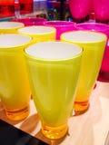 verres d'eau modernes Photos libres de droits