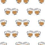 Verres de bière de tintement de papier peint Photo libre de droits