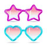 Verres de disco de style en verre sous forme de coeurs et étoiles dans pourpre et bleu Photos stock