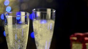 Verres de portion de champagne banque de vidéos