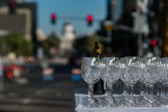 Verres de vin dans le trafic Photo stock