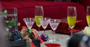 Verres de vin Le concept de la partie et de la célébration image stock