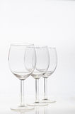 Verres de vin vides d'isolement Images stock