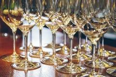 Verres de vin vides en gros plan Photo libre de droits
