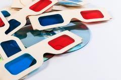 verres du papier 3D et disque de DVD Images stock