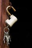 Verriegelung und Schlüsselbund Stockfotografie