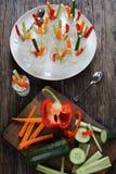 Verrines用红萝卜,黄瓜,芹菜,胡椒 免版税库存图片