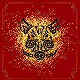 Verro, testa del maiale isolata su fondo rosso con i coriandoli dorati Fotografie Stock Libere da Diritti