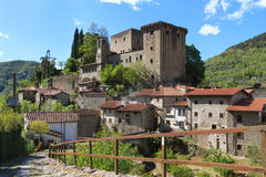 Verrucola-Dorf in Toskana, Italien Stockfotografie