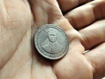 Versão velha de uma moeda tailandesa do banho 5 Imagem de Stock Royalty Free