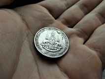 Versão velha de uma moeda tailandesa do banho 5 Fotos de Stock