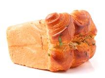 Vers bakselbrood, brood, broodtin stock afbeelding