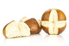 Vers Beiers broodbroodje dat op wit wordt geïsoleerd stock foto