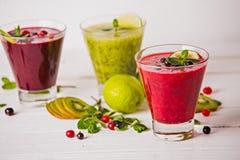 Vers bes en fruit smoothies Stock Fotografie